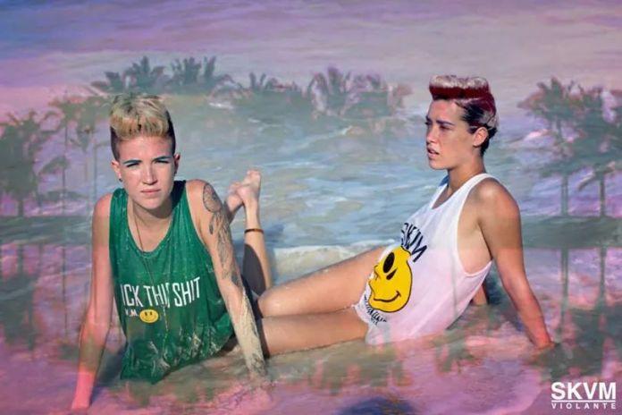 beach acid-tops